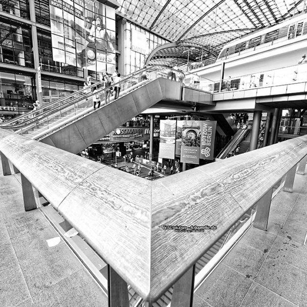 Stadtansichten >Berlin 2013 #06 > Eingangshalle Hauptbahnhof