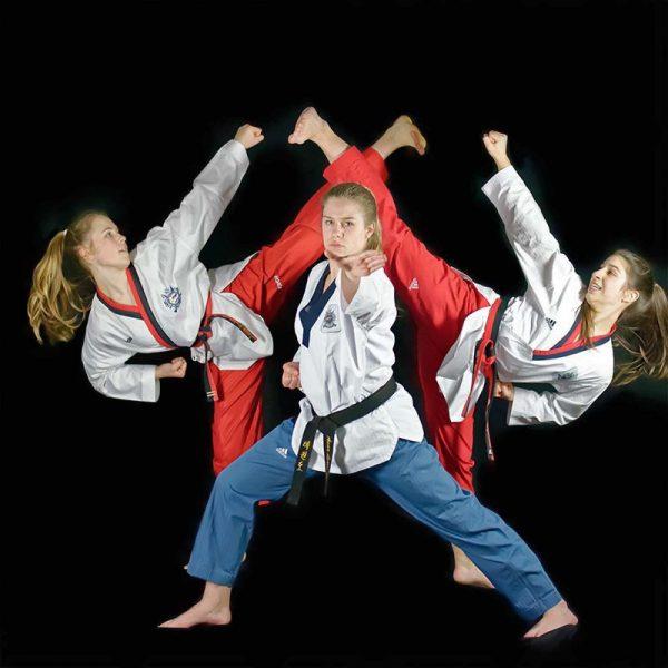 Taekwondo >Taekwondo Session >Choreografie#01